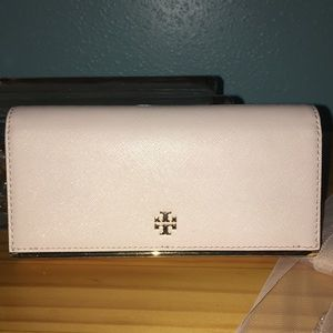 ❤️ Tory Burch Blush Wallet